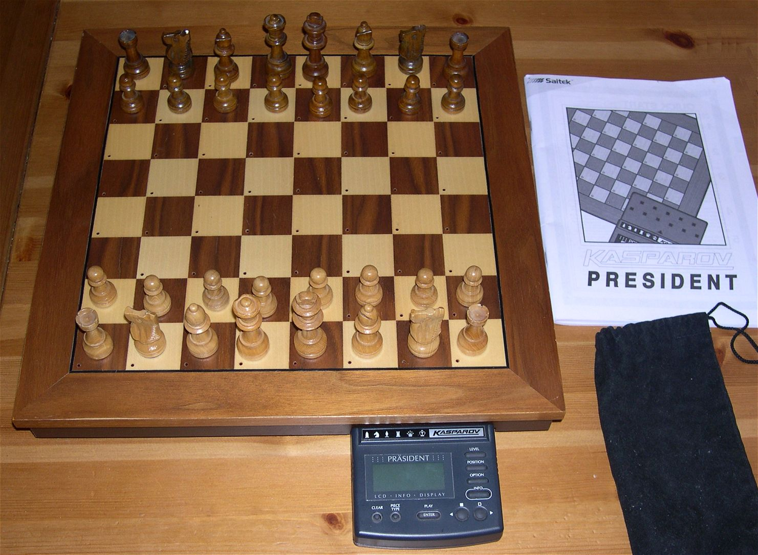 my chess computers rh electronicchess free fr Play Chess On Computer Play Chess Titans Against Computer